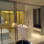 Salle de bain avec dressing